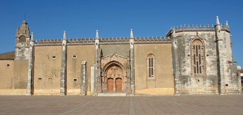 http://pt.wikipedia.org/wiki/Igreja_do_antigo_Mosteiro_de_Jesus