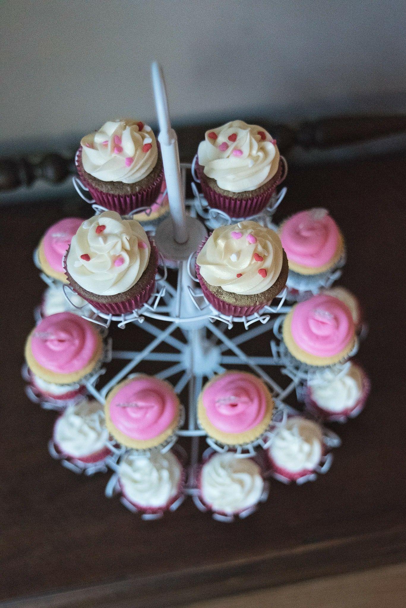 Bridalshower Cupcake Display