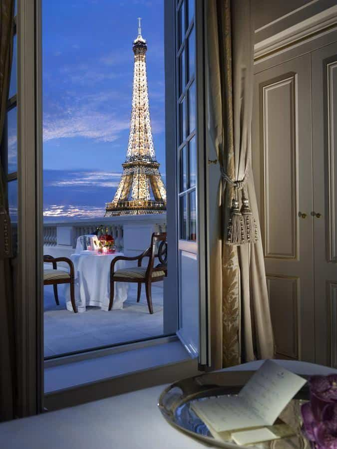 Paris Hotels With Views Of Eiffel Tower - Shangri La Hotel Paris