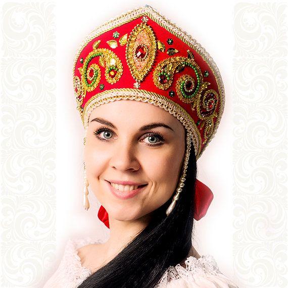 Kokoshnik Sofia rusa tradicional