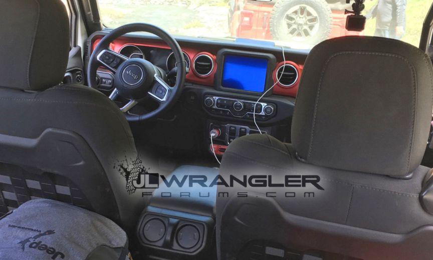 2018 Jeep Wrangler JL JLU Interior | 2018 Jeep Wrangler JL