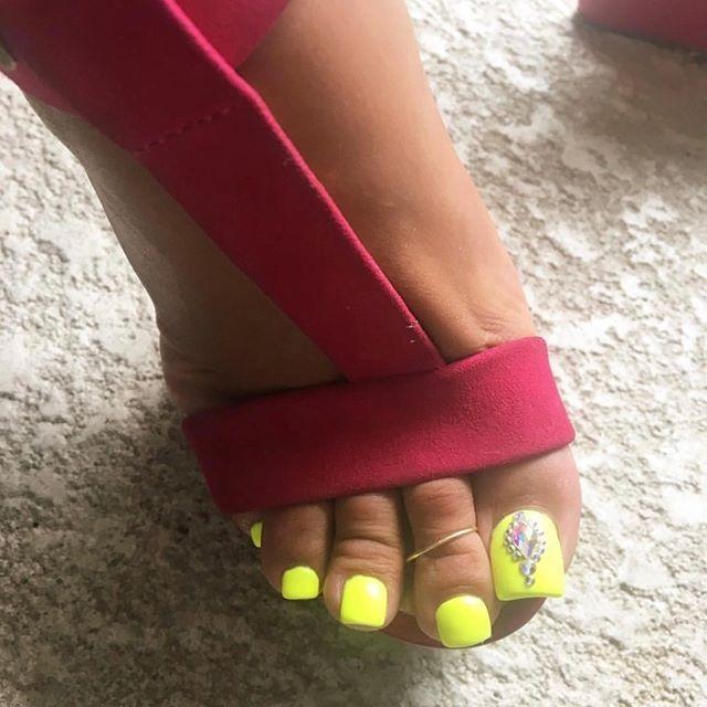 mistressgracenyc #feet #footmodel #footfetish #pedicure ...