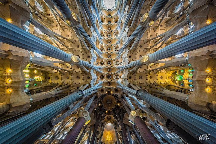 Amazing Kaleidoscopic Photos Of Gaudi S La Sagrada Familia Sagrada Familia Gaudi Architecture Architecture