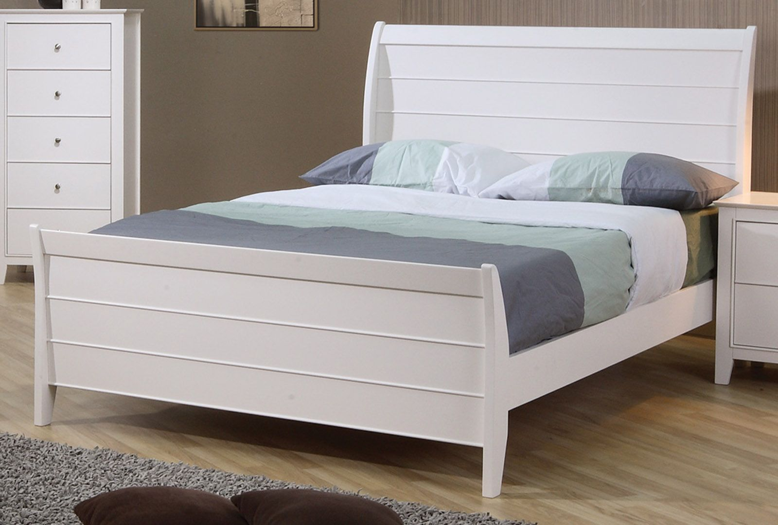 Coaster Selena Youth Full Sleigh Bed in White 400231F