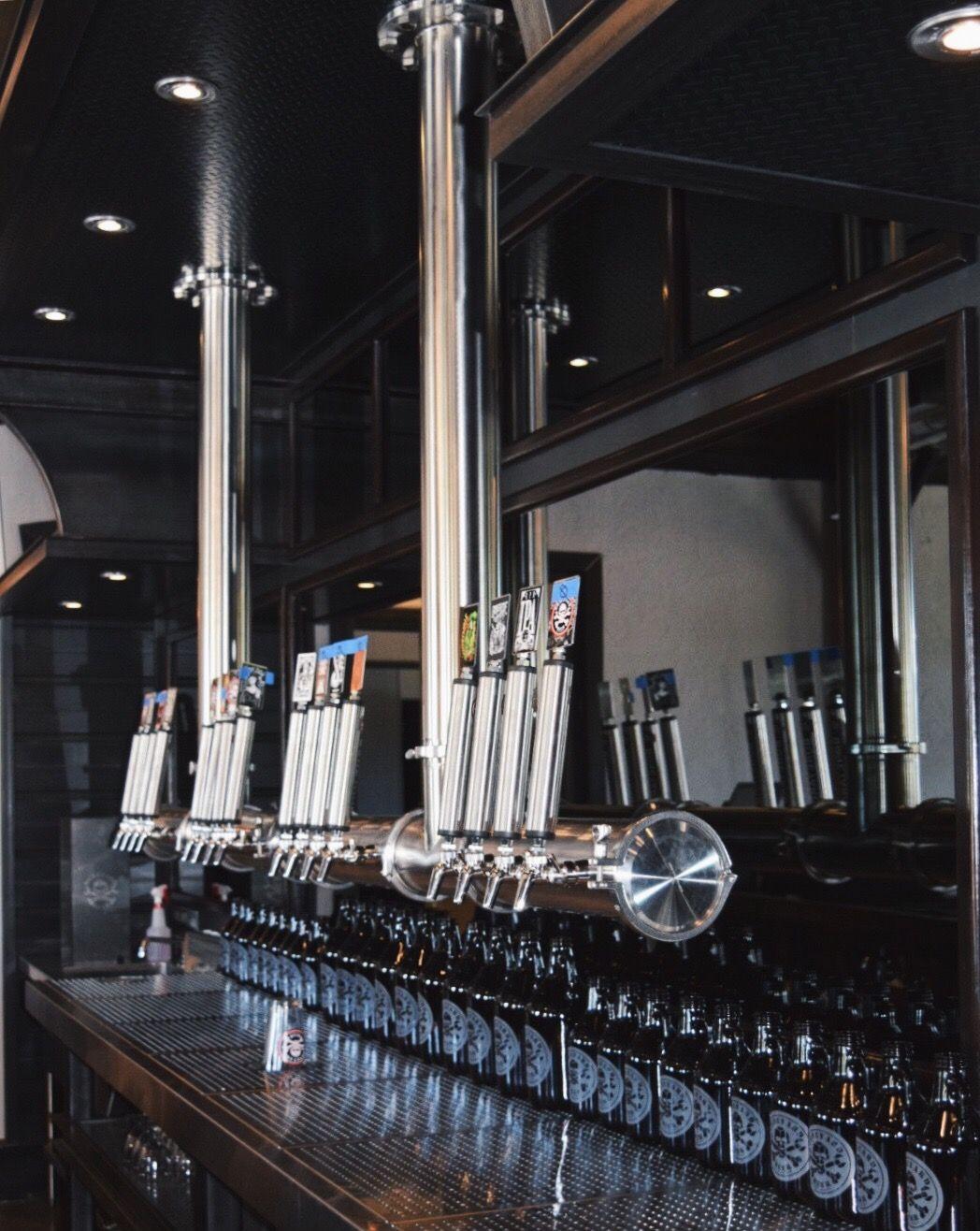 Custom Draft Beer Towers Beer tower, Draft beer, Draft