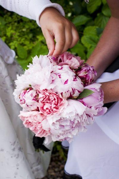 875e07f2be34 BILD och PRIS på er brudbukett! | bröllop | Wedding, Wedding day ...