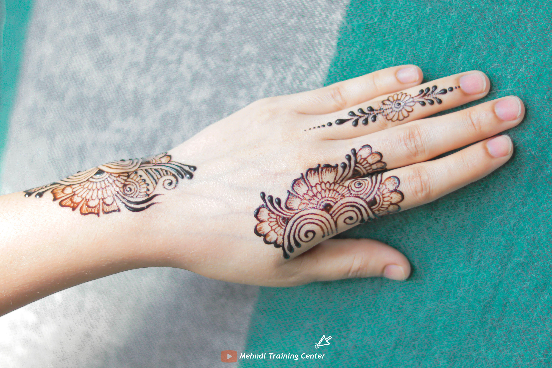 نقش الحناء فيديو سهل و جميل نقش الحناء خطوة بخطوة نقش الحناء البسيط Henna Hand Tattoo Hand Henna Mehndi Designs