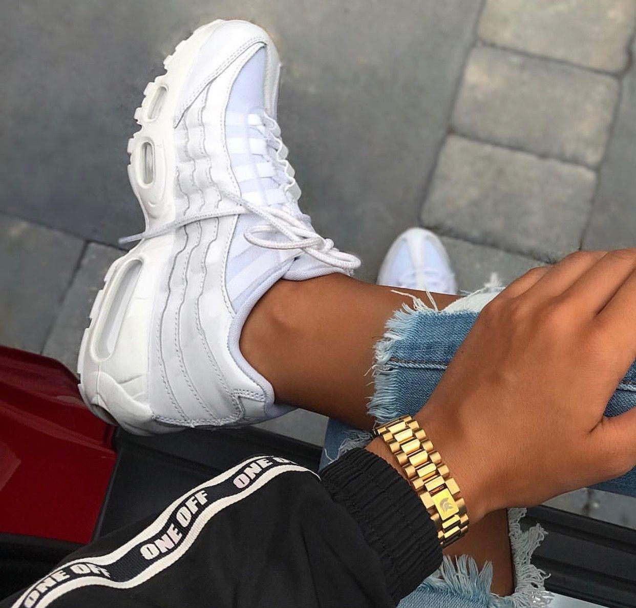 Pin by ♡ղ!Ƙყყ♡ on hoes Nike air max 95, Outfit shoes