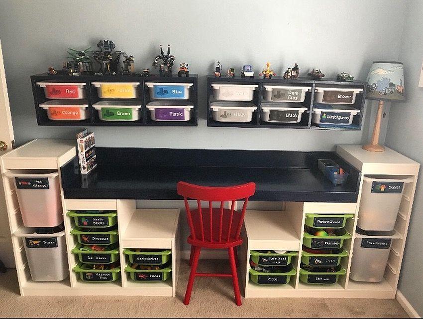 Maßgeschneiderter LEGO Tisch mit abnehmbaren Aufklebern. Fit für IKEA Trofast Toy Units. Sho ...