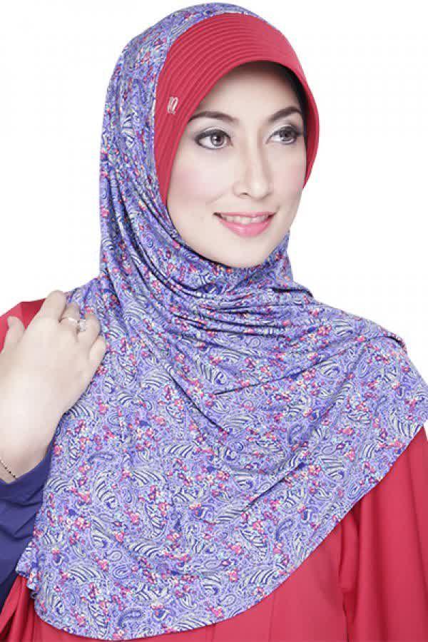 Mezora Bergo Fatina Summer Ungu Biru Rp 57 000 Bahan Spandek Variasi Bergo Langsung Pakai Dengan Warna Pet Yang Berbeda Den Hijab Fashion Fashion Style