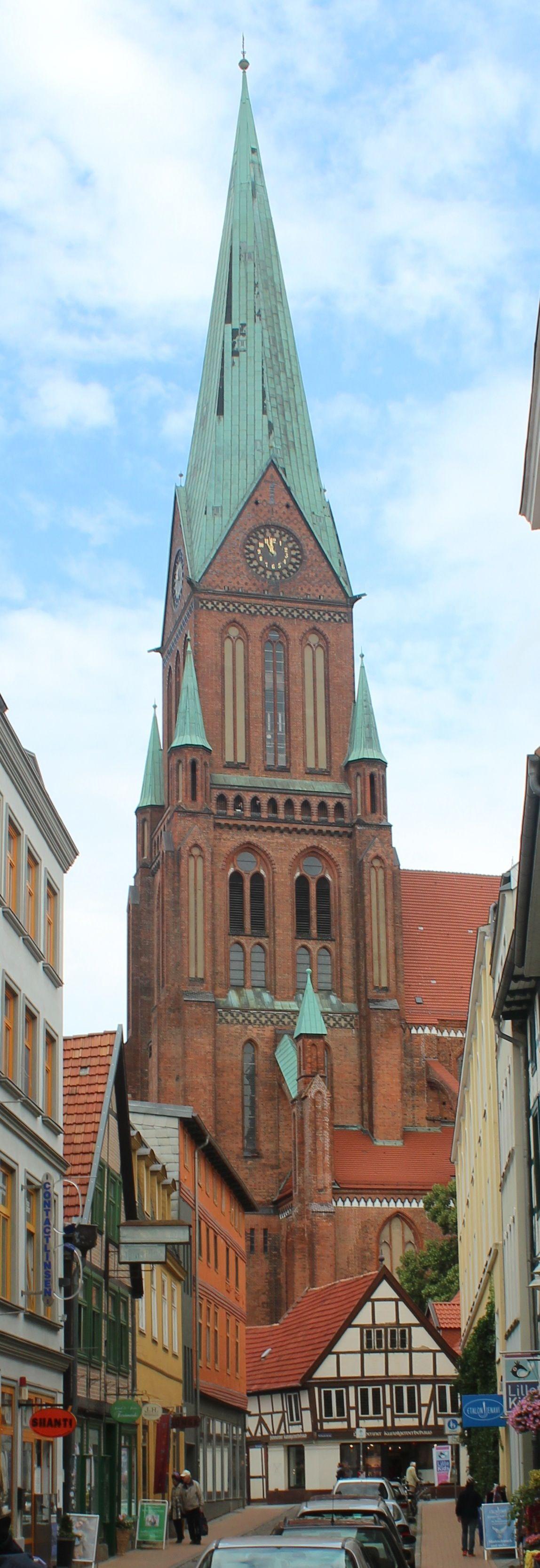 Schwerin mecklenburg vorpommern germany da war ich for Urlaub in warnemunde