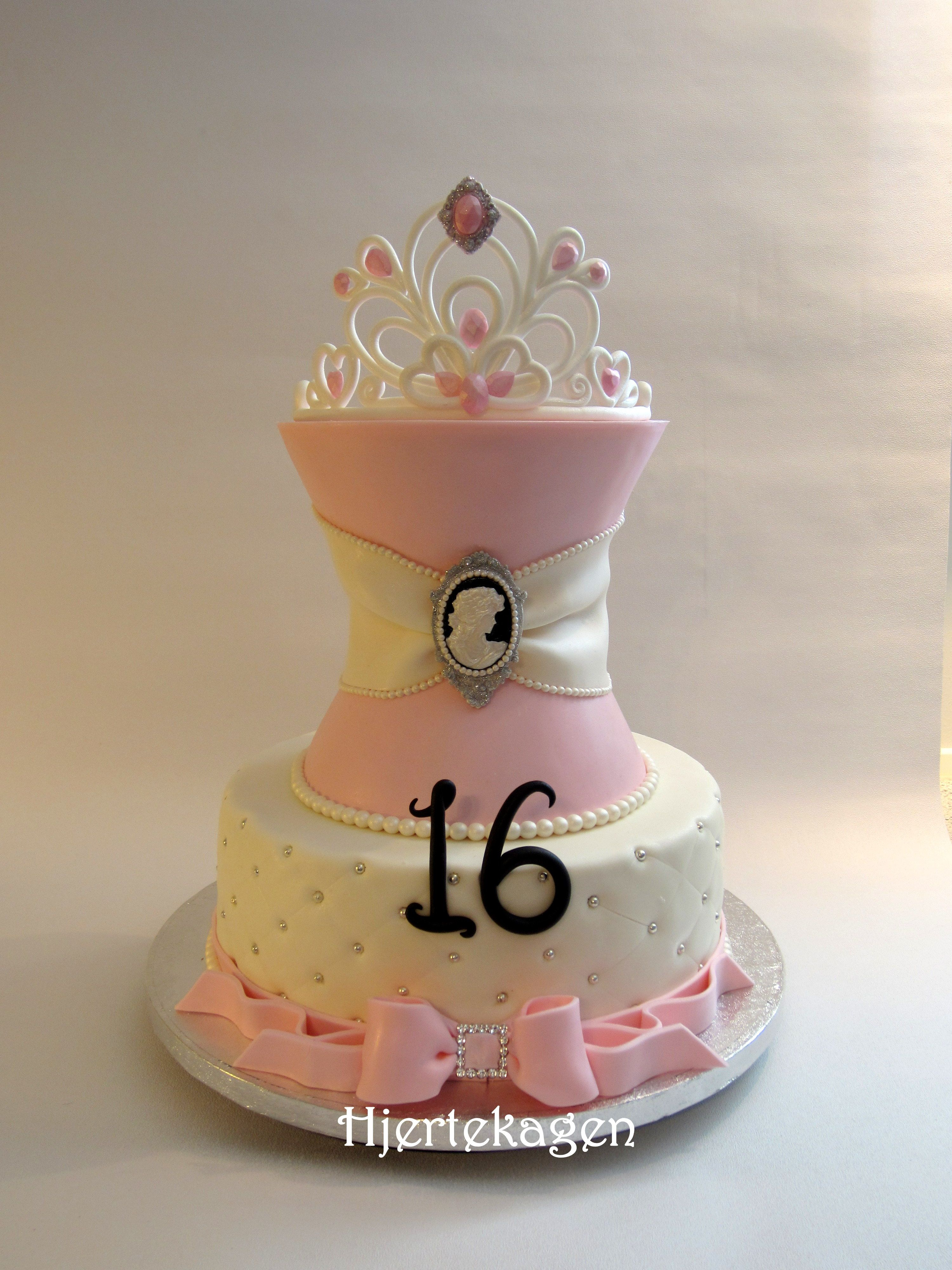 Sweet Sixteen With Images Sweet 16 Birthday Cake Sweet