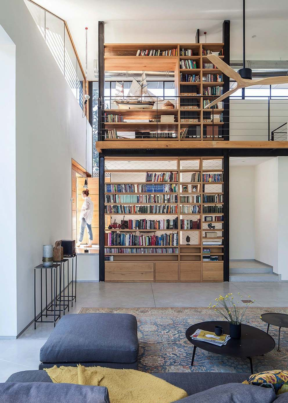 Modern home in Israel reflects Bauhaus and Japanese