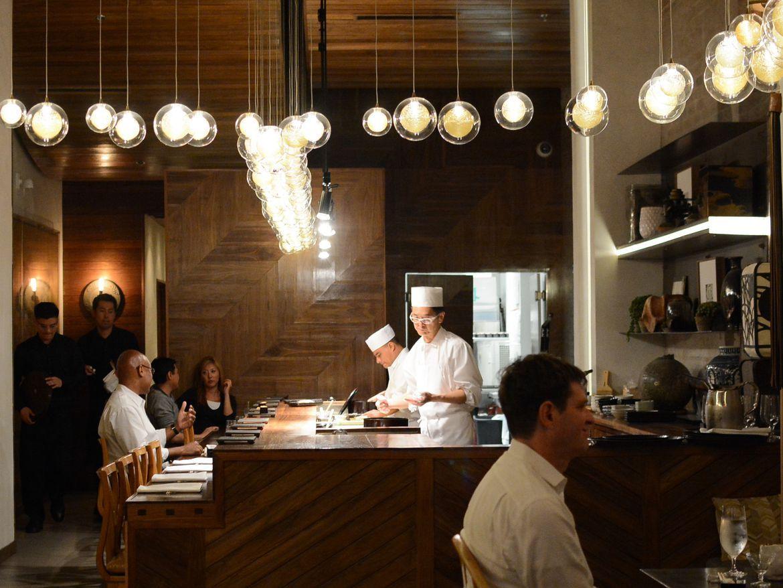 15 Splurge Worthy Restaurant Meals In Los Angeles Fine Dining Restaurant Splurge Los Angeles