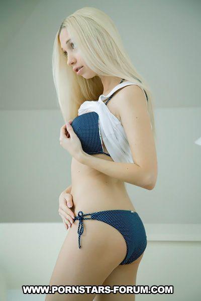 Miriama Kunkelova is a Porn Star from Slovakia. She was ...