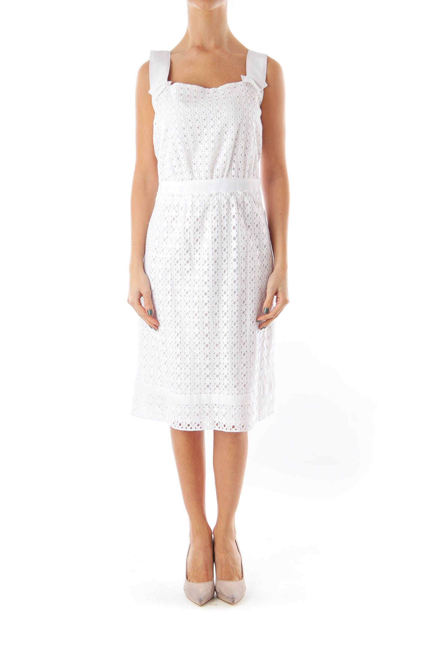 Like This Elie Tahari Dress Shop This Without Using Money Trade Shop Discover Fashionexchange Prelov White Lace Shift Dress Lace Shift Dress Shift Dress [ 2169 x 1446 Pixel ]