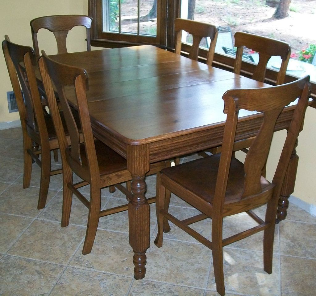 Antique Oak Dining Table With Two Leaves Oak Dining Table Dining Table Table
