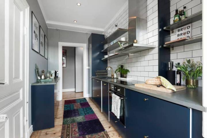 Se puede tener muebles azules y acertar Interiors