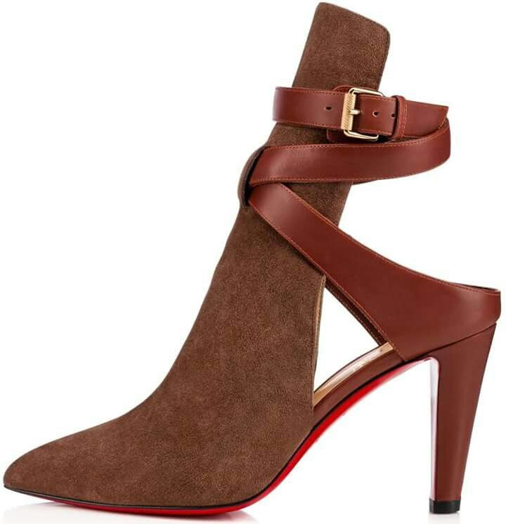 20678b648bd Pin by Misty Chaunti' on FootWorks   Christian louboutin shoes ...
