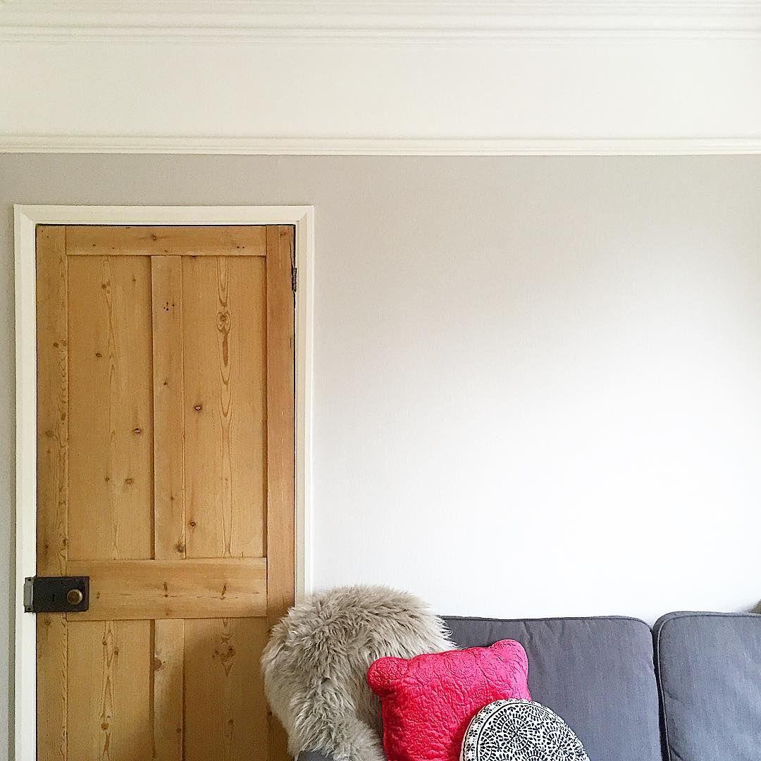 "E M I L Y S H A W on Instagram: ""� my freshly painted walls in @farrowandball Cornforth White �� #DIY #somuchgrey"""
