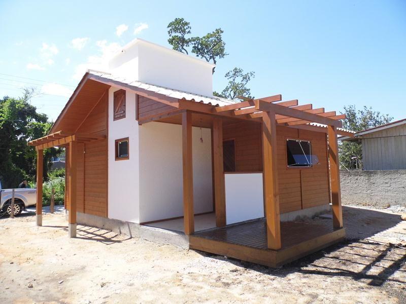 Casa pr fabricada palho a casa pr fabricada de madeira for Casas futuristas