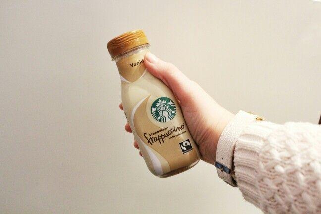 Starbucks love ☕ #starbucks #frappuccino #vanilla