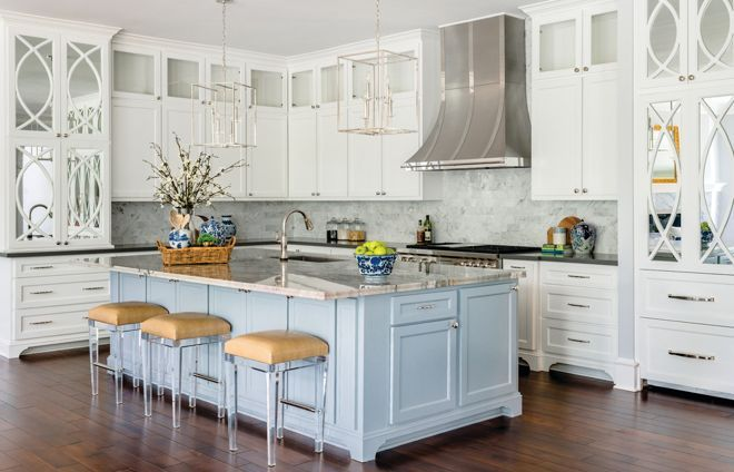Beautiful transitional kitchen designed by @mmidesign! #shopmattielu