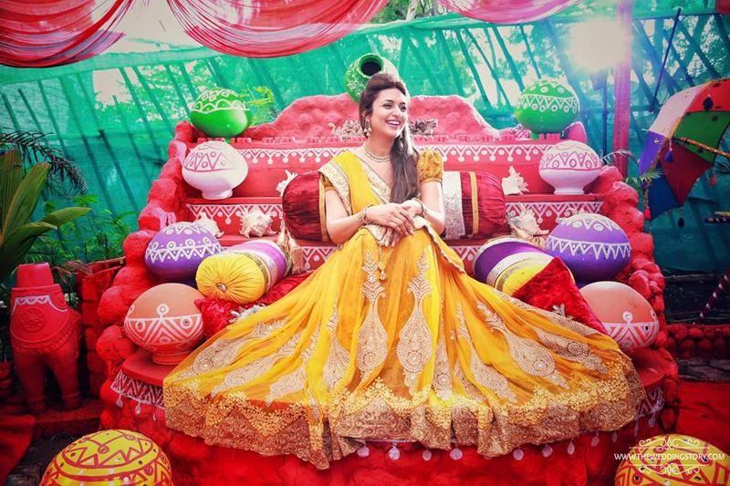 Mehndi Ceremony S Download : Divyanka tripathi mehandi pics download fashion pinterest