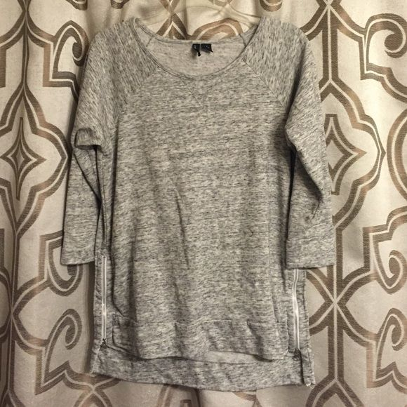 WORN ONCE HI-LOW ZIPPER SWEATSHIRT!!! Like new!!! Worn once with leggings on a flight!!! Super cute zipper detail on both sides in front!!! Cynthia Rowley Tops Sweatshirts & Hoodies