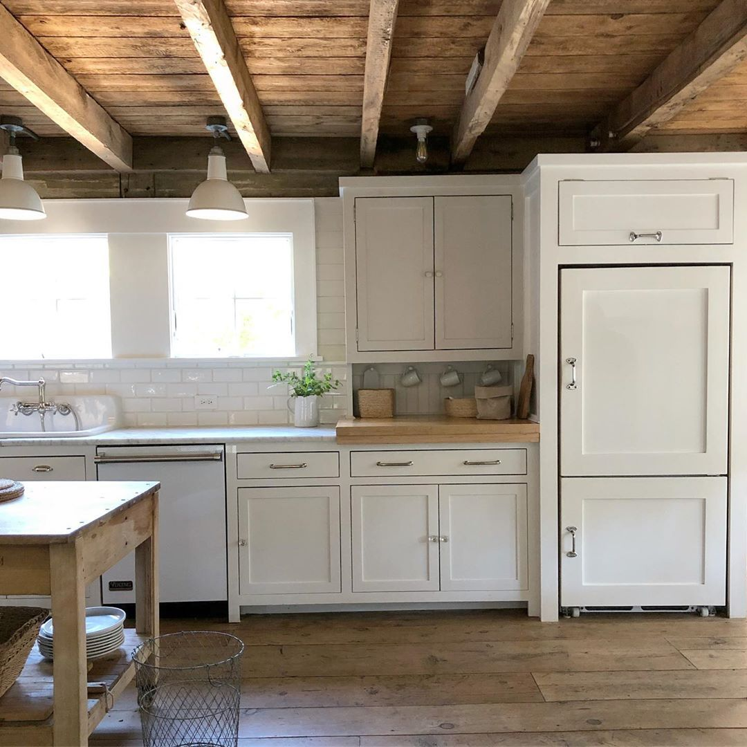 White Flower Farmhouse On Instagram When Your Home Is Over 150 Years Old You Hide The Fridge Justawh With Images Unfitted Kitchen Kitchen Renovation Farmhouse Kitchen