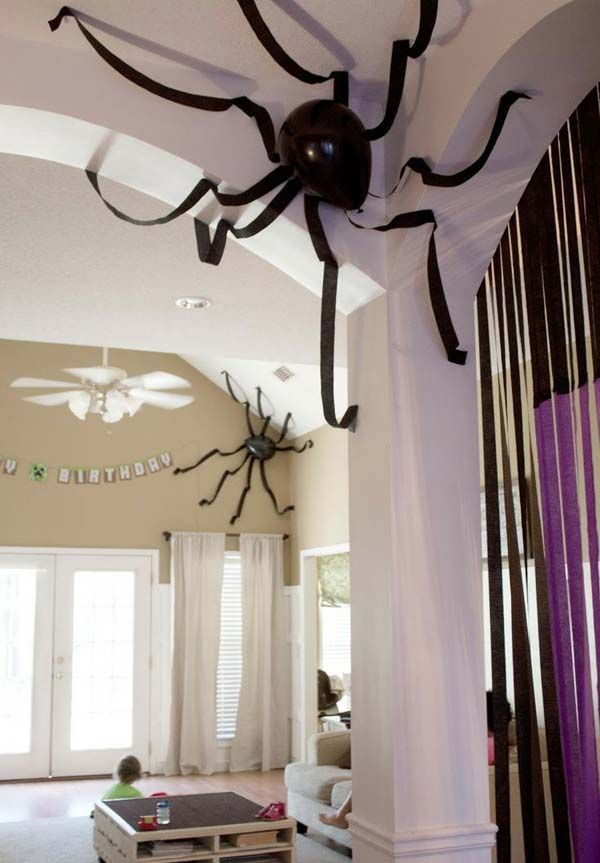 42 Last-Minute Cheap DIY Halloween Decorations You Can Easily Make - large halloween decorations