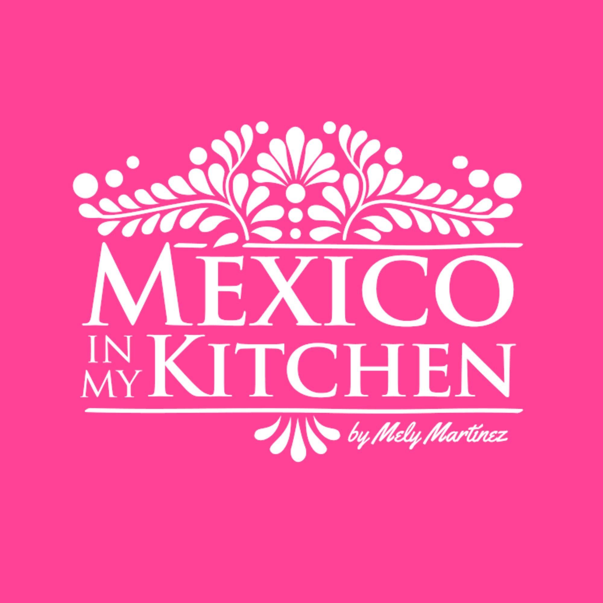 Mexico in My Kitchen: How to Make Mole Poblano / Cmo