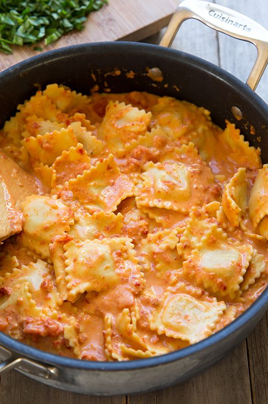 This is pure pasta comfort food right here! You wouldn't believe how delicious this pasta is, that is, until you try it! You definitely need to add this