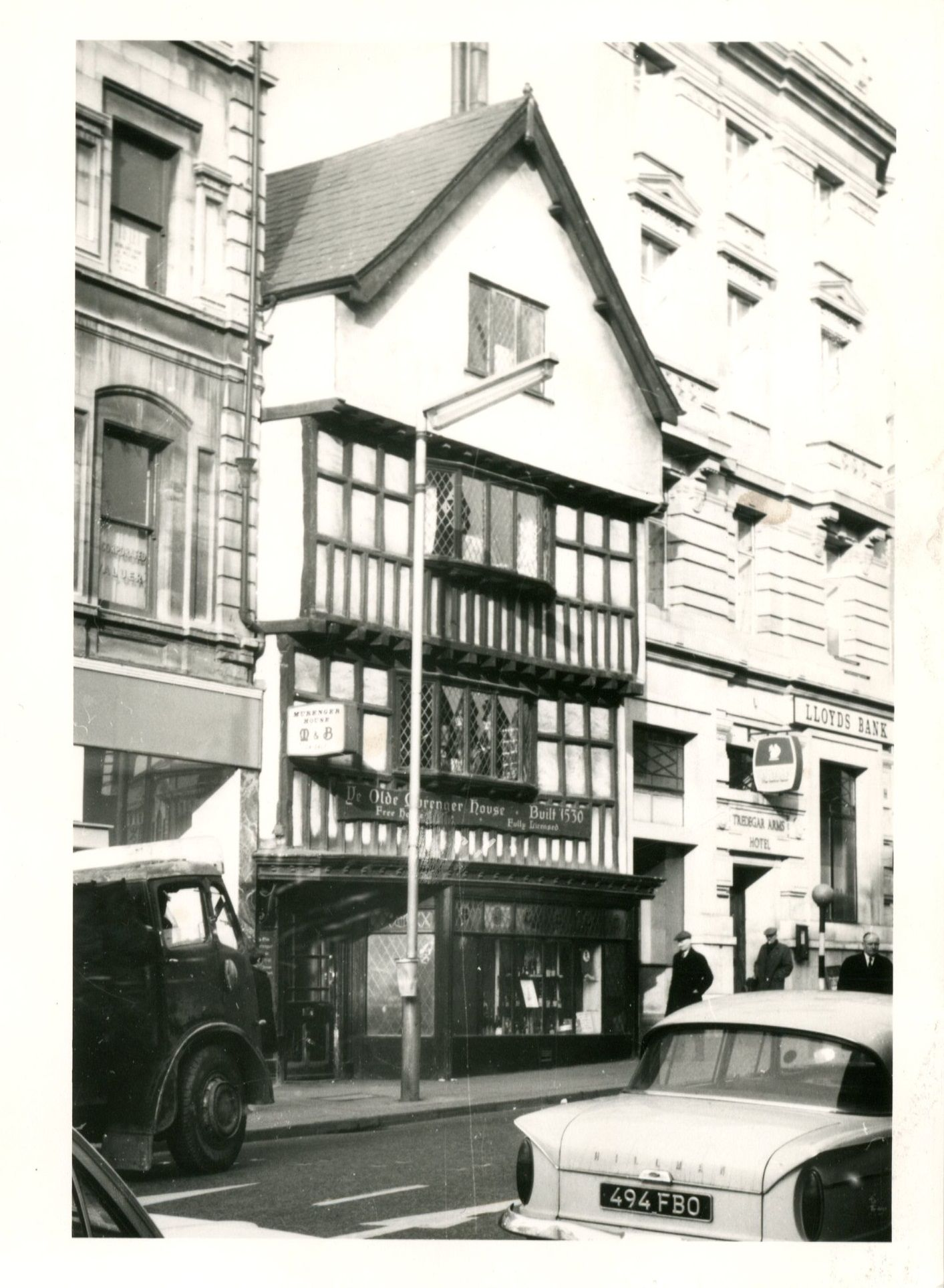 The Murenger public house, High Street, Newport in the Sixties