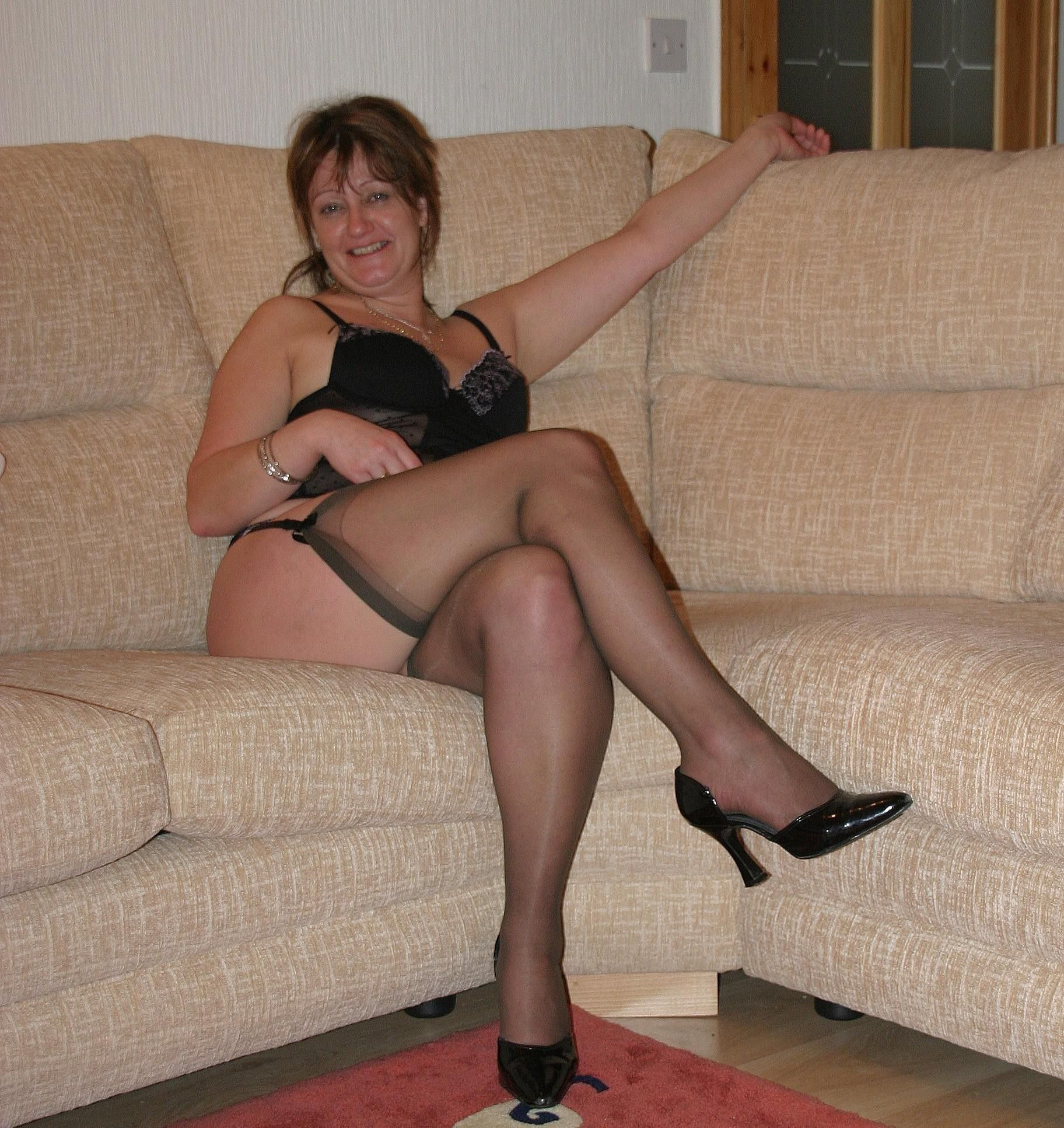 amateur 40 year pics | lenceria | pinterest | 40 years, leg thigh