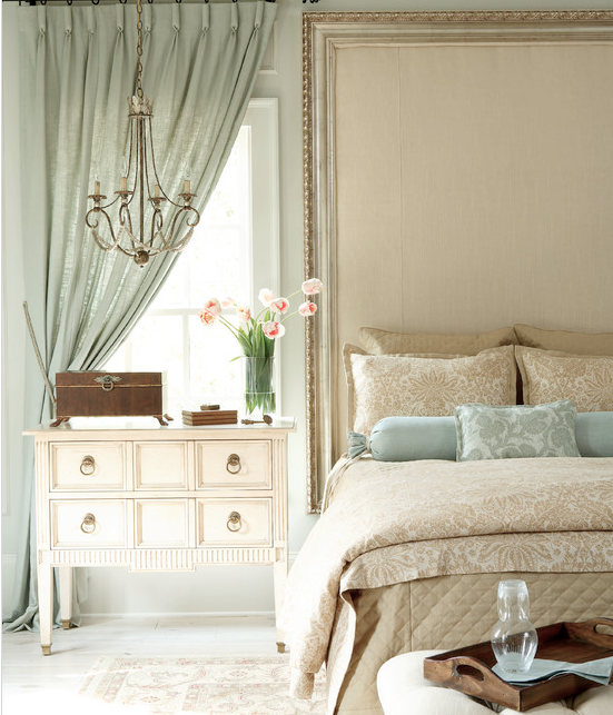 Small Bedroom Curtains Traditional Master Bedroom Interior Design Bedroom Decorating Ideas And Bedroom Furniture Bedroom Decor Stores: Romantic Bedroom : Goblet Pleat Drapes : Nightstand