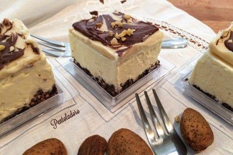 Cheesecake cioccolato e mandorle
