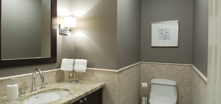 Walls are benjamin moore metropolis gorgeous gray for Tumbled marble bathroom designs