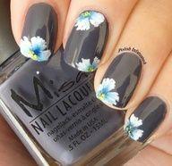 Grafite com flores.