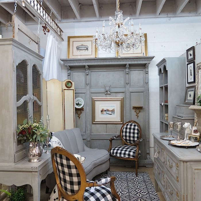 Pinterest Black And White French Country Black And White Buffalo Check Another Idea To Incor French Country Bedrooms French Country Decorating French House