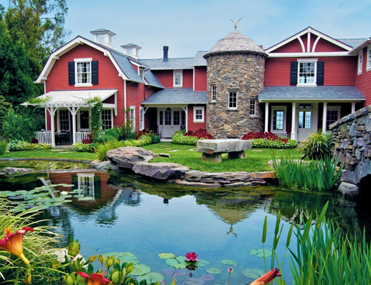 Guess whose dream home has a barn barn house and farming for Houses that look like barns