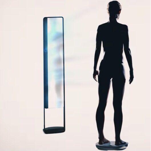 """Achtung nur für Fitness Geeks """"Naked"""" vorm eigenen 3D Nacktfitnessscanner. Naja  http://goo.gl/cUvVLE"""