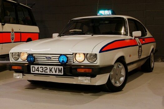 Greater Manchester Police Car Ford Capri 2 8 Injection Lights On Ford Capri Police Cars Car Ford