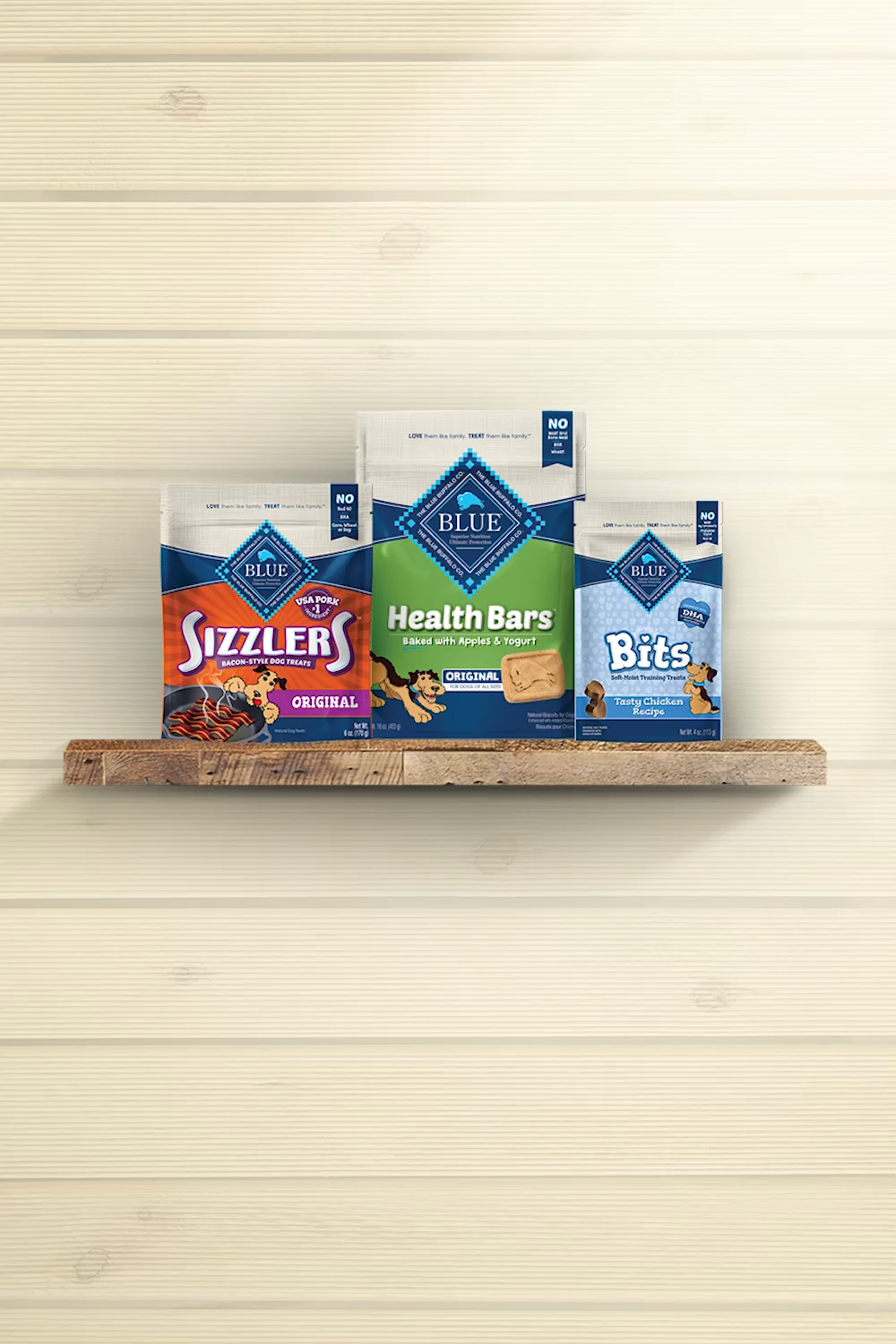 Nothing beats a Blue Buffalo tasty treat for your four-legged family members. Discover a range of nutritious and mouthwatering treats of oven-baked Health Bars, moist Blue Bits and Natural Bacon-style Sizzlers.
