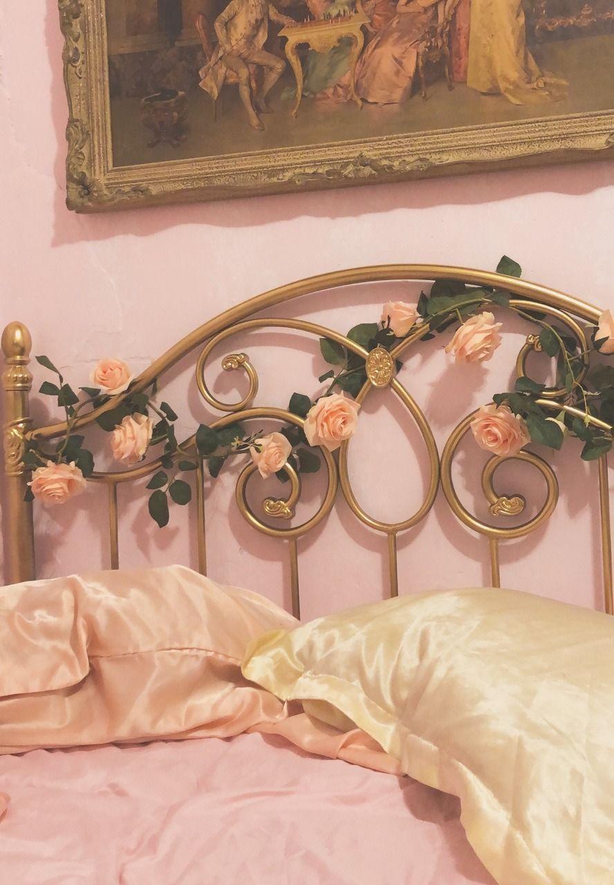 Aesthetic Rose Gold Room Decor