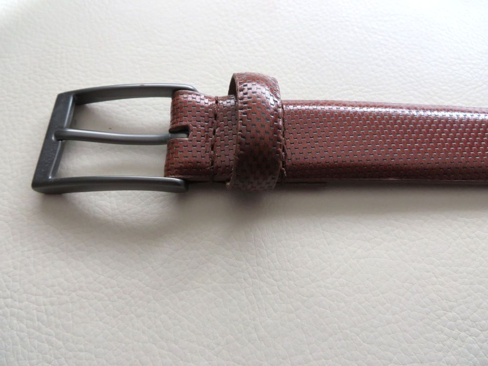711ee017748 Dockers Leather Belt in Brown Gray Buckle Size 38 New  fashion  clothing   shoes