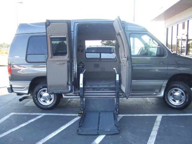 Used Vans With Handicapped Lift Wheelchair Lift Van Ebay Wheel
