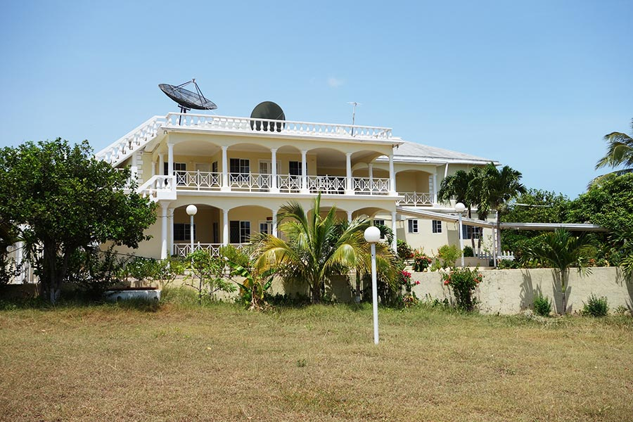 17 Best Cheap Places To Stay In Jamaica