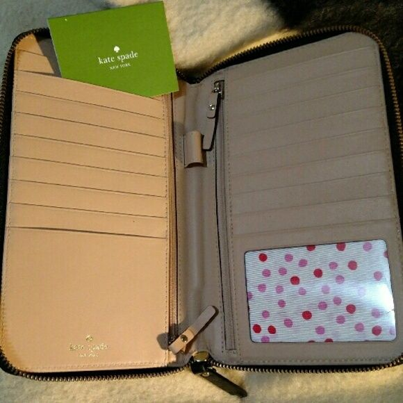 Kate Spade Wellesley Large Zip Travel Wallet Brand New Unused Authentic Holds Passport