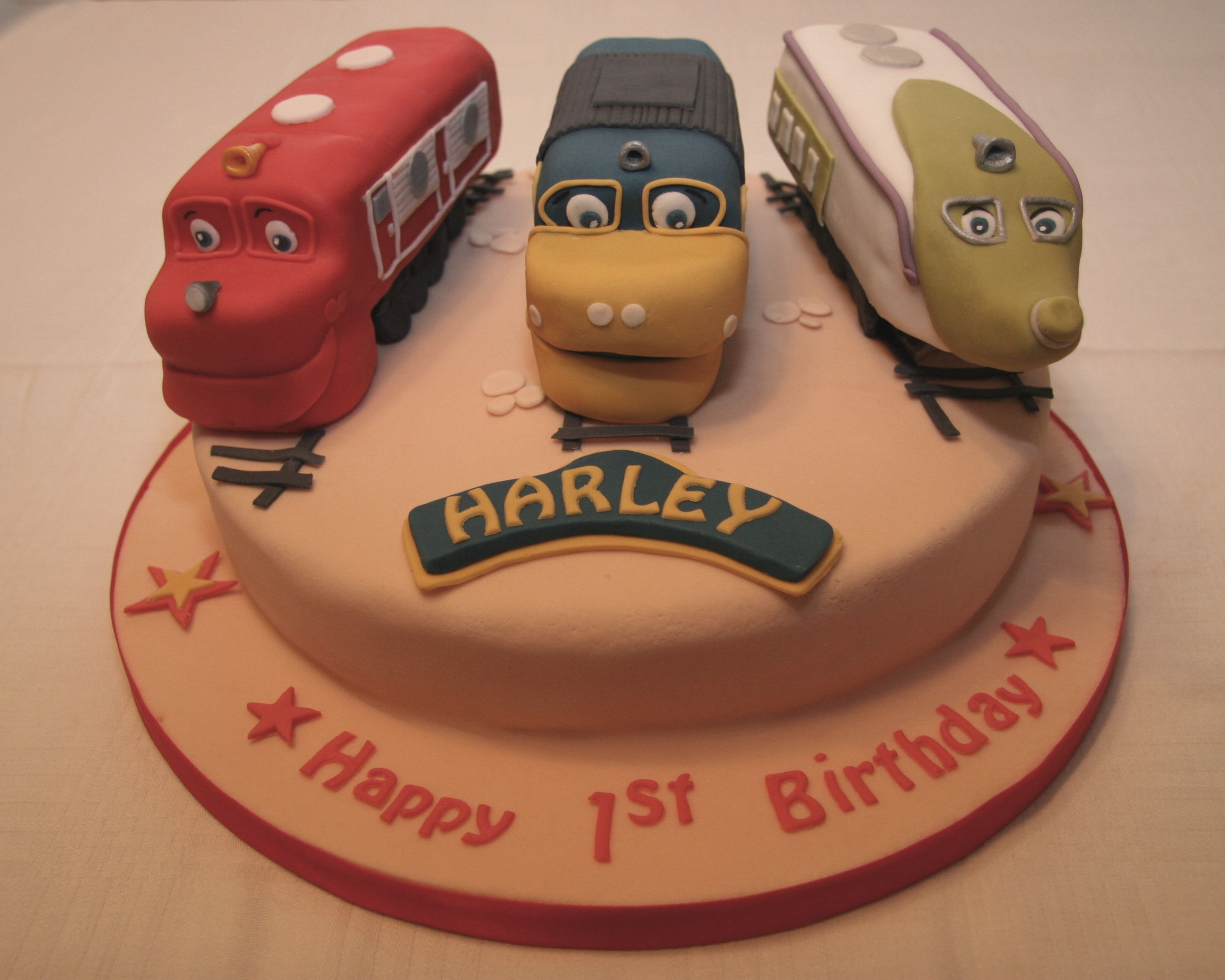 Chuggington Cake My son would love this Fun Ideas For Kids